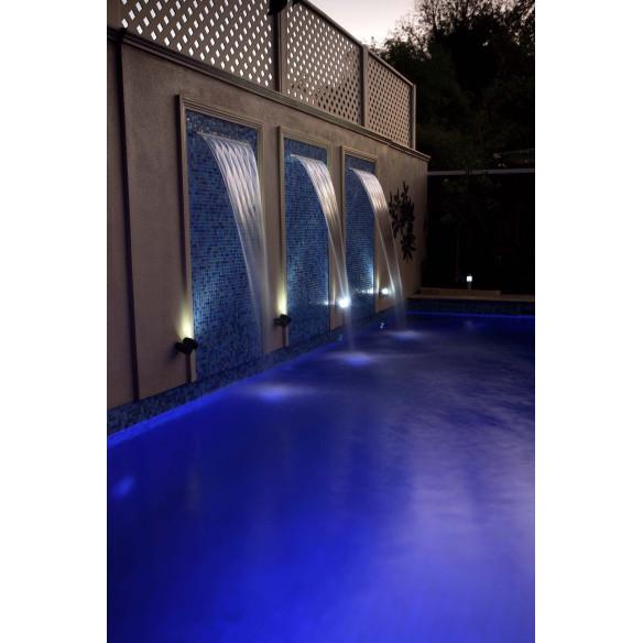 Cascada de noche